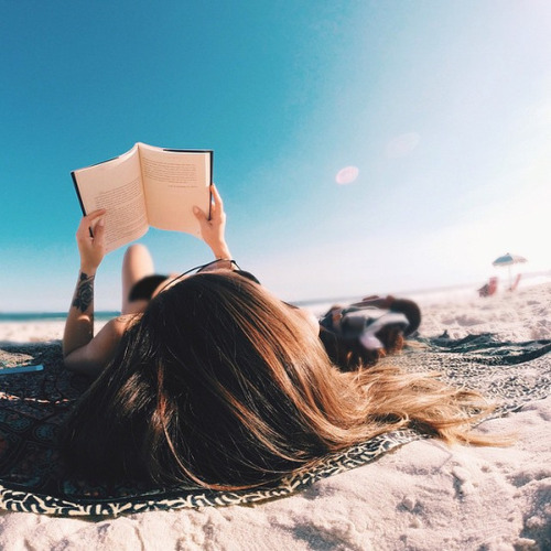 summerreading-beach